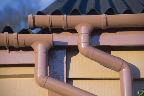 труба водоотвода крыши системы