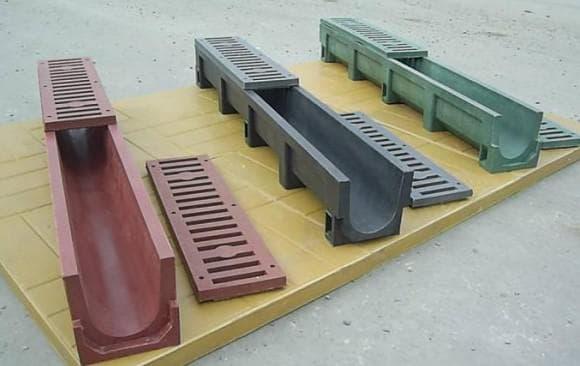 полимерные желоба для отвода ливневых стоков
